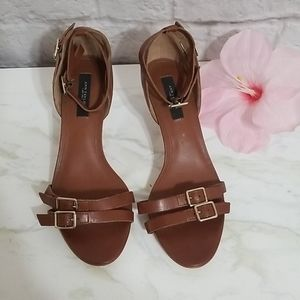 Ann Taylor Leather Brown Ankle Strap Buckl Size 9M